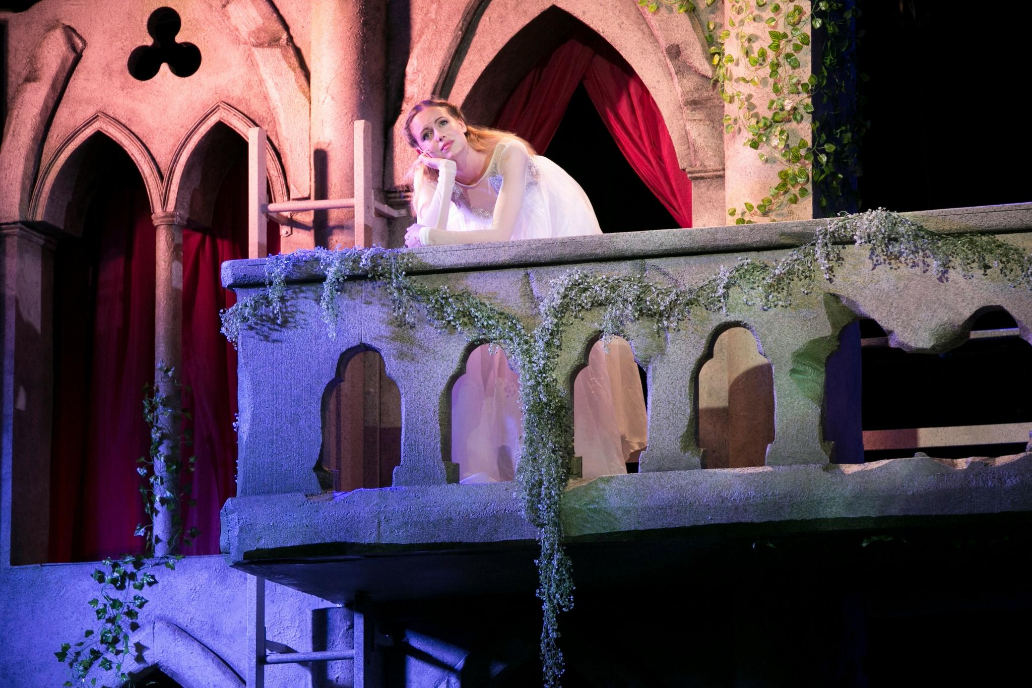 Gracyn Mix (Juliet) in Romeo & Juliet, Shakespeare on the Common 2017-Photo by Evgenia Eliseeva