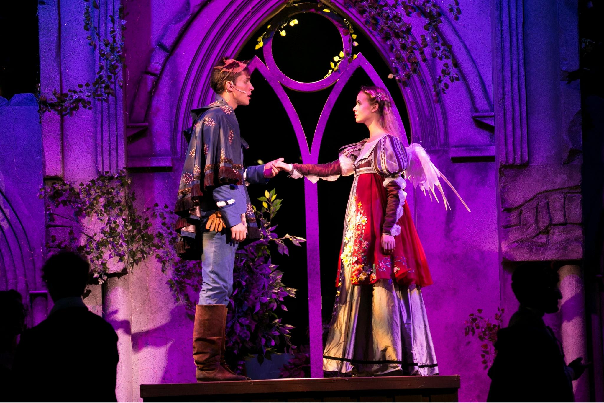 John Zdrojeski (Romeo) and Gracyn Mix (Juliet) in Romeo & Juliet, Shakespeare on the Common 2017-Photo by Evgenia Eliseeva
