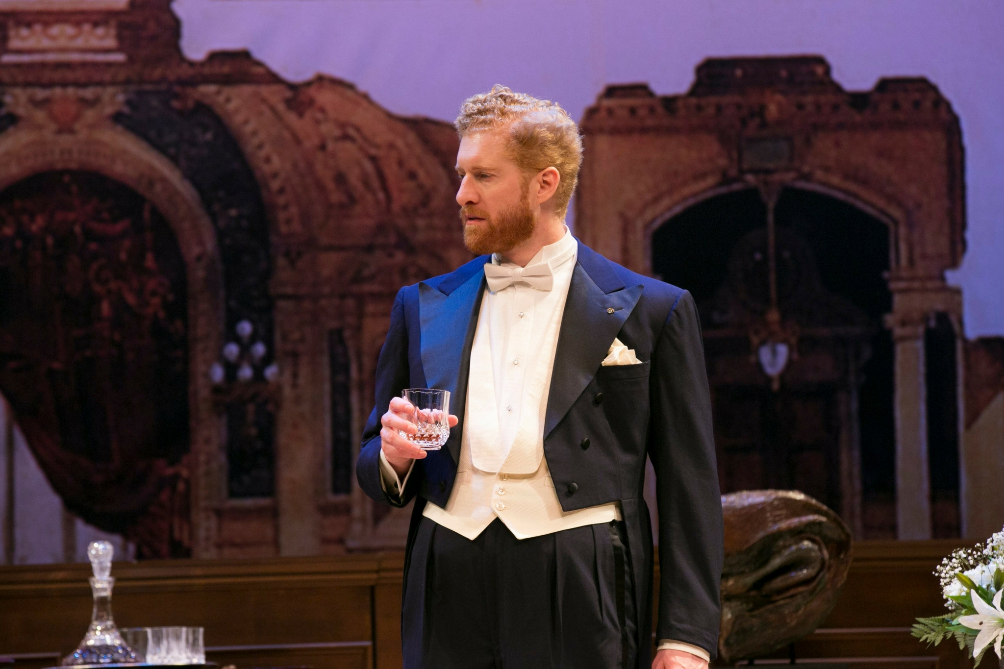 Ed Hoopman (Tobias Vivian Pfeiffer) in Old Money, 2018-Photo by Evgenia Eliseeva