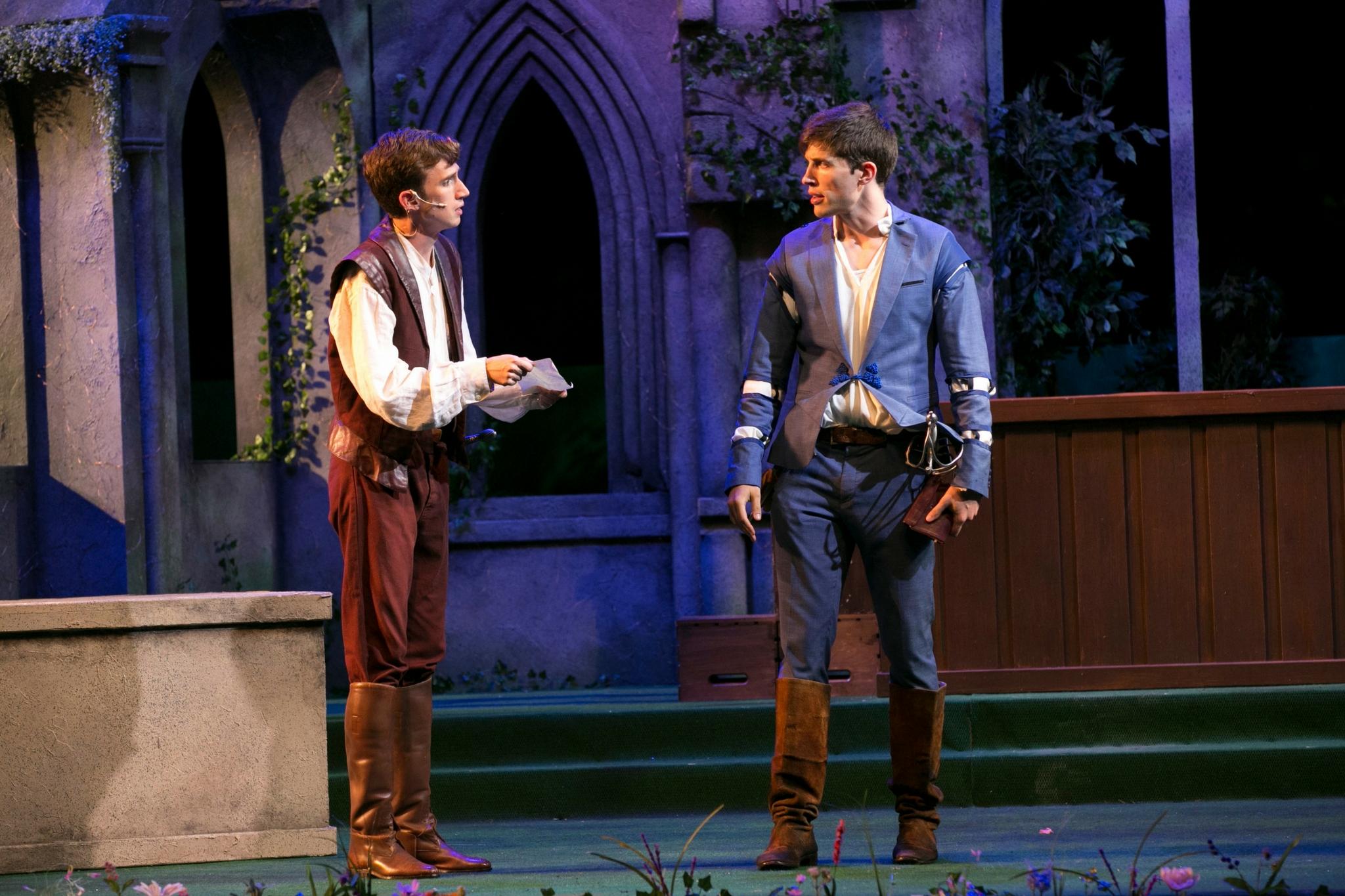 Keith Hale and John Zdrojeski in Romeo & Juliet, Shakespeare on the Common 2017-Photo by Evgenia Eliseeva