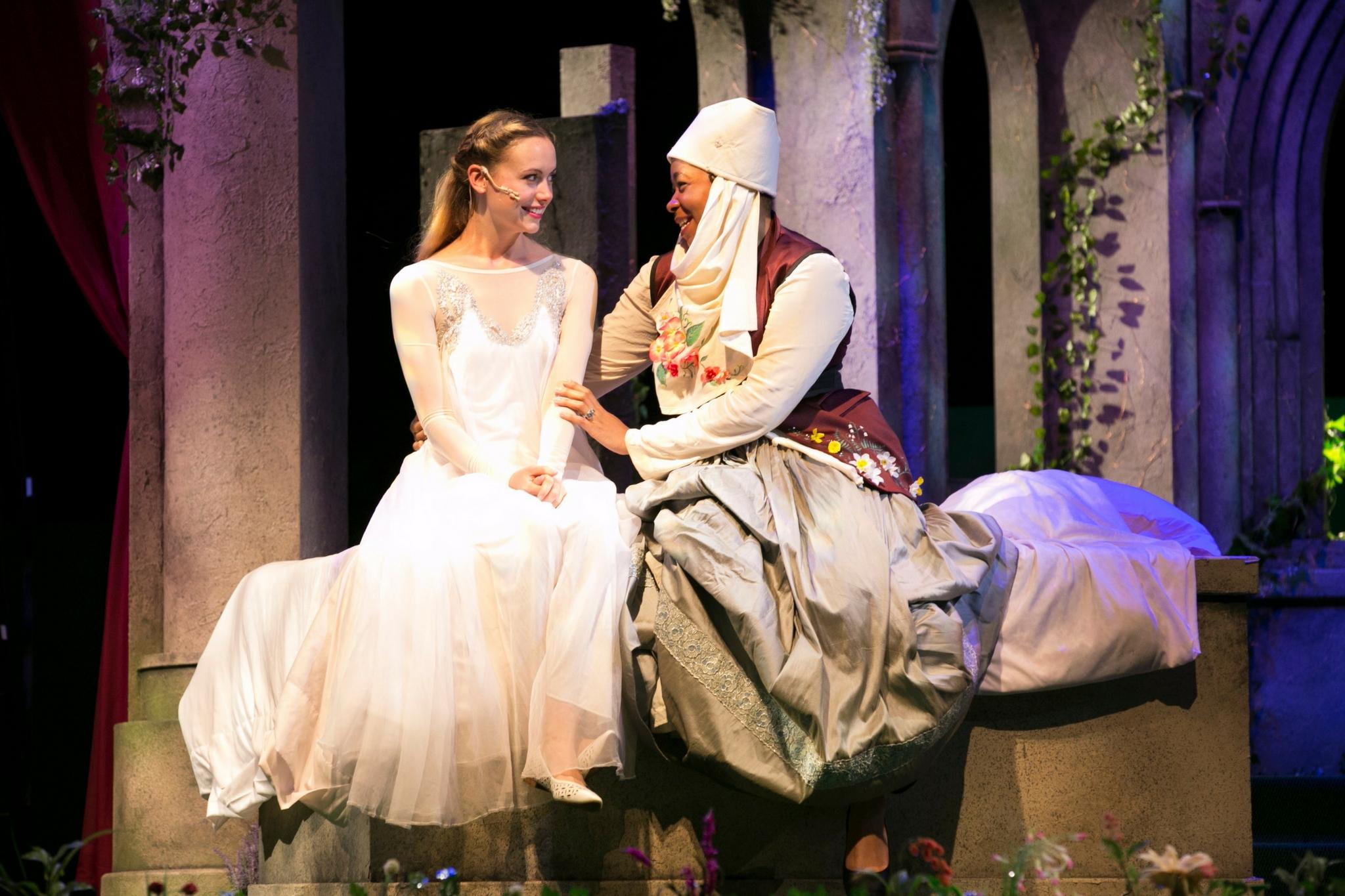 Gracyn Mix (Juliet) and Ramona Lisa Alexander (Nurse) in Romeo & Juliet, Shakespeare on the Common 2017-Photo by Evgenia Eliseeva