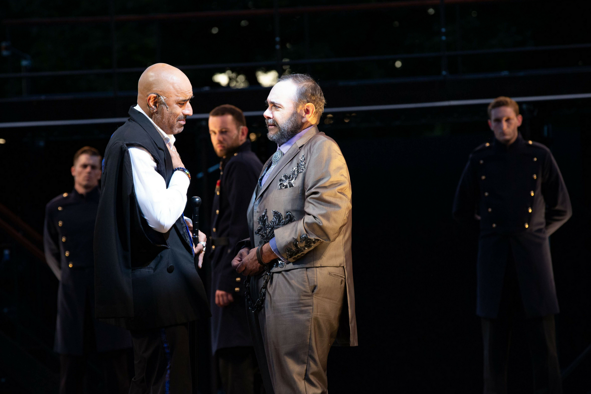 Faran Tahir (Richard III) and Remo Airaldi (Clarence) in Richard III, Shakespeare on the Common 2018-Photo by Evgenia Eliseeva