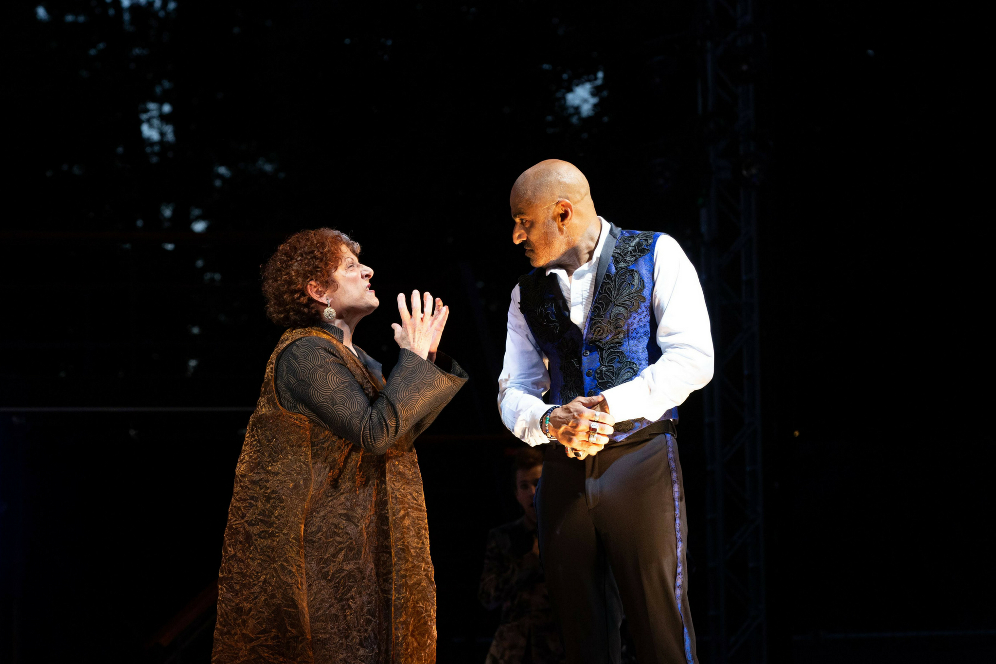 Bobbie Steinbach (Queen Margaret) and Faran Tahir (Richard III) in Richard III, Shakespeare on the Common 2018-Photo by Evgenia Eliseeva