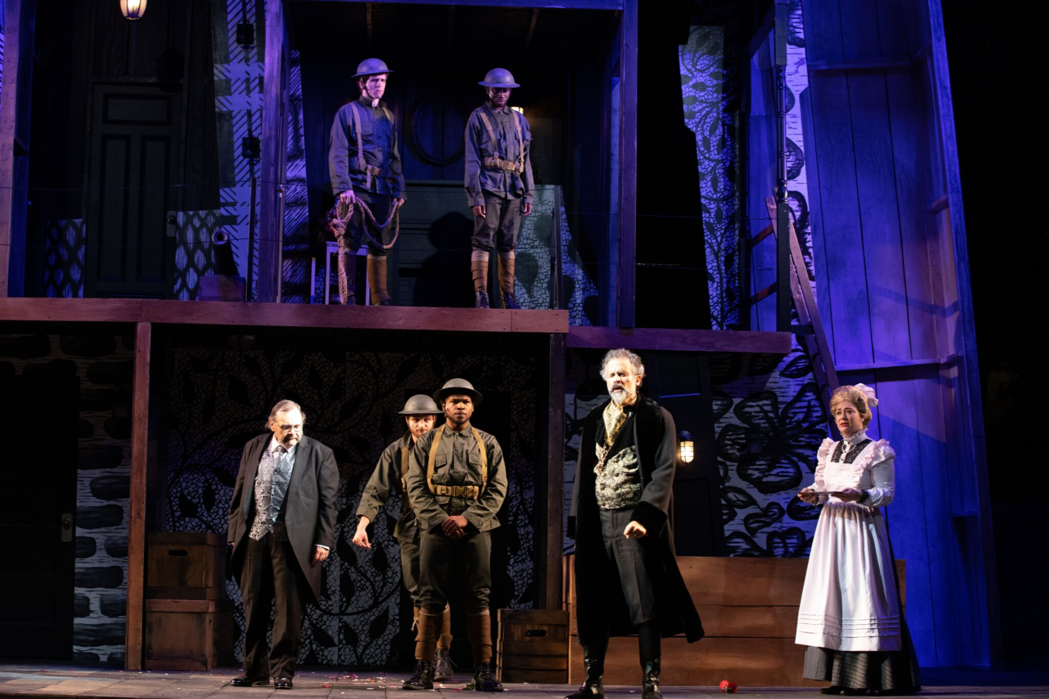 John Hardin (Soldier), Nigel Richards (Soldier), Remo Airaldi (Pisanio), Chet R. Davino (Soldier), Rodeny Witherspoon II (Soldier) and Tony Estrella (Cymbeline) in Cymbeline, Shakespeare on the Common 2019-Photo by Evgenia Eliseeva